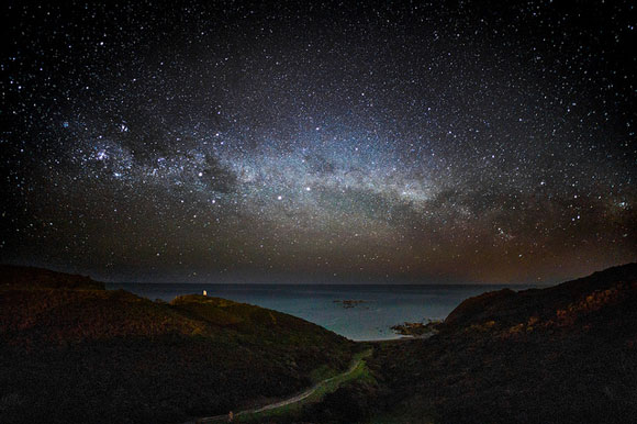 Milky Way, Wellington, New Zealand. Image Credit: Andrew Xu.