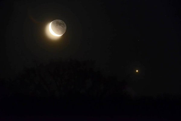 Ken Christison caught the moon and Venus on March 27 from North Carolina.