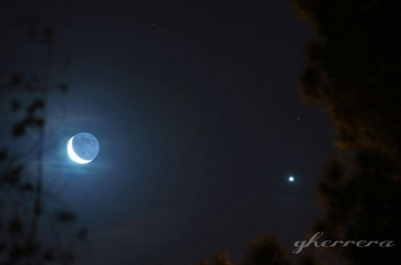 From Gaby Herrera, the moon and Venus on the  morning of 3/27/14 around 5:30 a.m over El Paso Tx