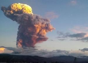 Tungurahua volcano April 4, 2014 via AP