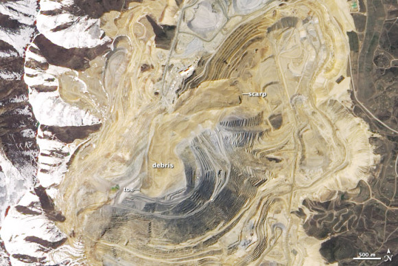 Images of Bingham Canyon Mine before (July 20, 2011) and after (May 2, 2013) the large landslide. Image Credit: NASA.