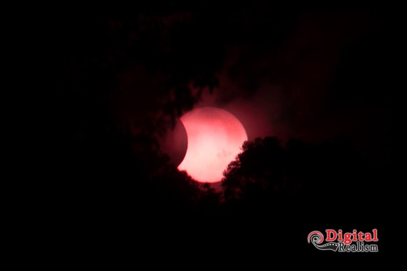 Partial Solar Eclipse well our view from Brisbane that is with a heap of cloud, this is near the end of the elcipse, 100-400mm f20 1/250 250 ISO and 3 ND 8 Filters. By Digital Realism Photography Training by the Lake