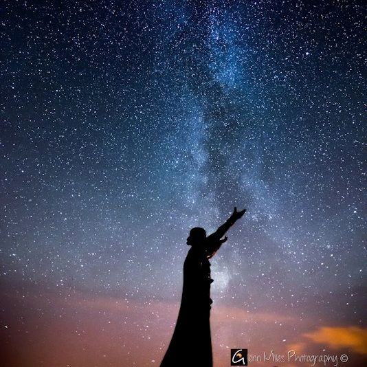 This is Manann Mclir, the mythical Celtic god of the sea overlooking Lough Foyle in Northern Ireland.  The Milky Way galaxy is rising above the statue's arms in all its glory.  Glenn Miles Photography posted this one at EarthSky Facebook, in celebration of International Dark Sky Week, April 20-26, 2014.  Visit Glenn Miles Photography.