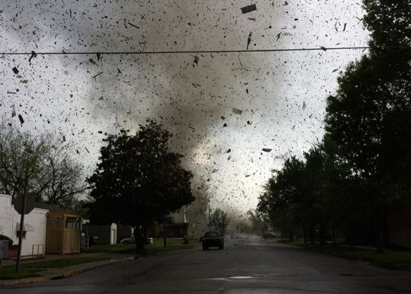 April 27 tornado Baxter Springs, KS via @41ActionNews