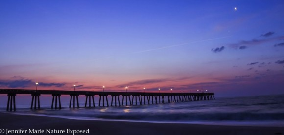 Jennifer Marie caught the moon and Venus from Wrightsville Beach, North Carolina.  Thank you, Jennifer!
