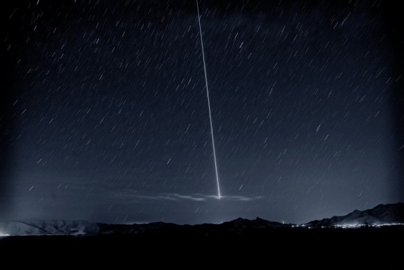 Steve Lacy caught this beautiful fireball the night of the Camelopardalid meteor shower.  Thank you, Steve.