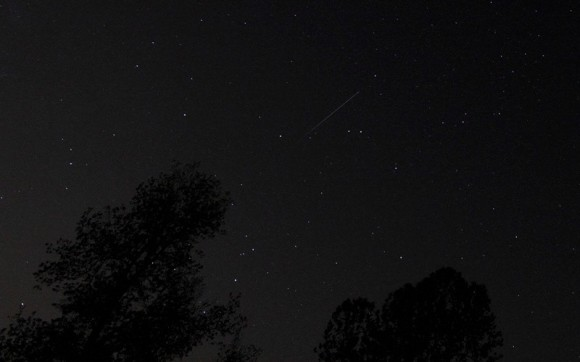 View larger. | Eta Aquarid meteor in 2014, captured on the morning of the shower's peak, May 6, by Mike O'Neal.