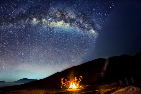 Photographer Justin Ng of Singapore captured this Eta Aquarid meteor from Mount Bromo, an active volcano in Indonesia, on May 6, 2014.  More photos from Justin Ng's 2014 astrophotography tour on Mount Bromo.