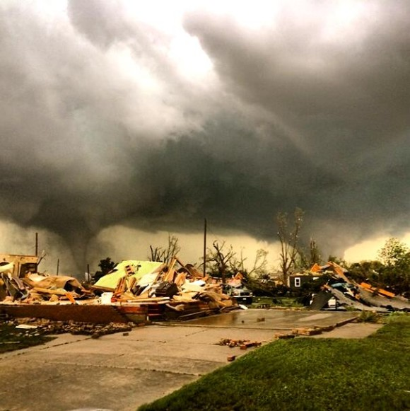Tornado damage in Pilger, Nebraska June 16, 2014 via Reed Timmer (@reedtimmerTVN on Twitter)