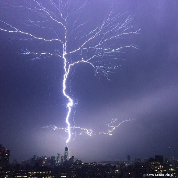 Beth Alison (@bethalison) got this shot of last night's lightning strike of One World Trade Center from her Manhatten apartment ... with her phone!
