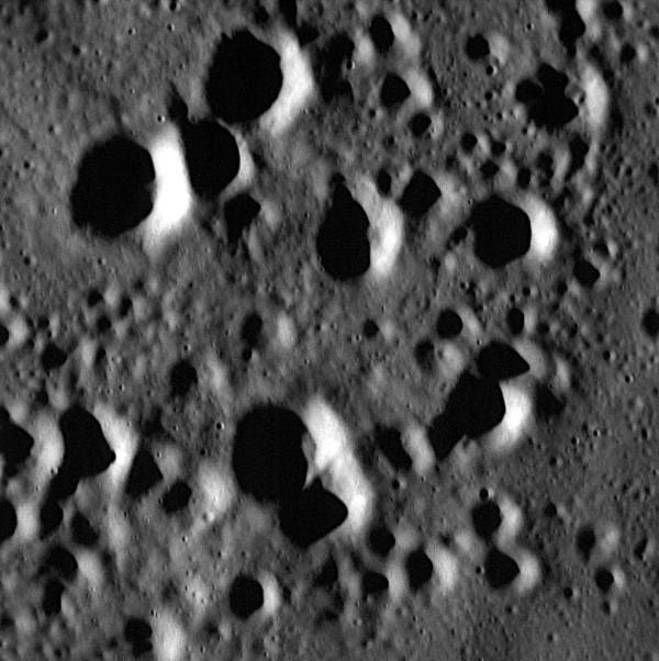 Image via NASA / JHU / APL MESSENGER spacecraft