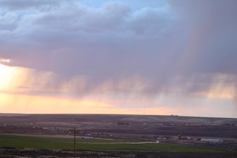 Susan Jensen captured this image of virga in eastern Washington.