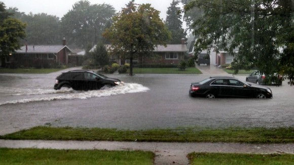 Flooding in Warren, Michigan. Image Credit: Lynn Rosik