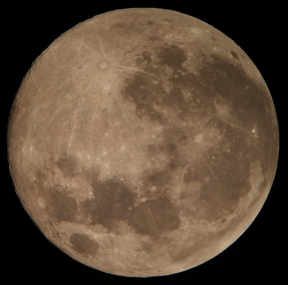 Mikael Linder in Brownsville, Texas caught this shot on August 10 from Brownsville, Texas, using a 5-inch reflecting telescope.  He wrote,