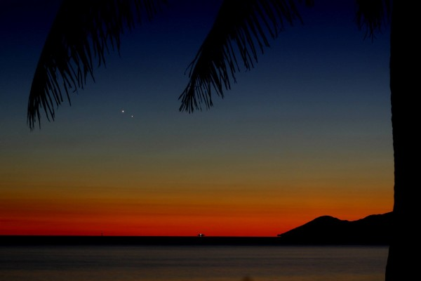 Here's a beautiful view of the conjunction from the Southern Hemiphere - Townsfille, Australia - by Liz Gleeson.  Notice the orientation of the planets appears different.  Thank you, Liz.