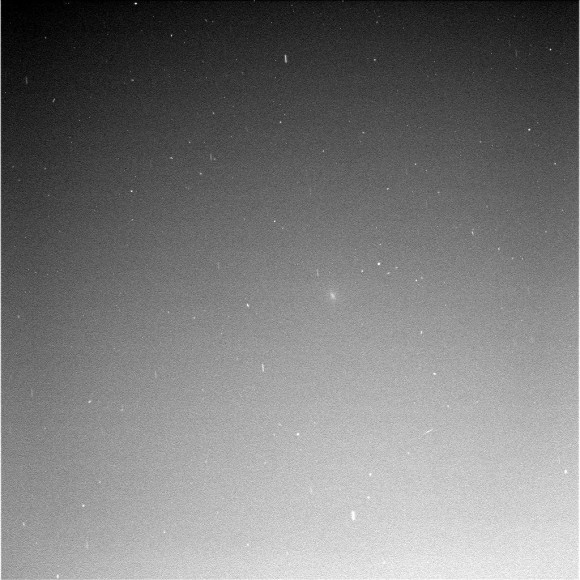 Comet Siding Spring seen by Mars MER B Opportunity.