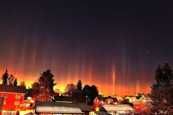 Light pillars in northern Sweden, November 7, 2014, by Birgit Boden