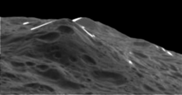 Voyager Mountains on Iapetus.  Image acquired by Cassini spacecraft September 10, 2007.