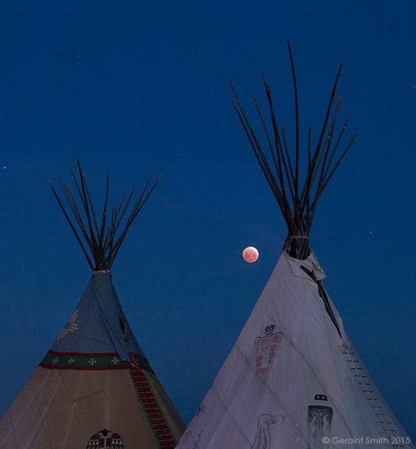 April 4 lunar eclipse, Ranchos de Taos, New Mexico. Photo: Geraint Smith