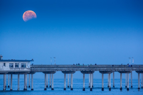 Victor Goodpasture shot the eclipse at San Diego's Ocean Beach Pier.  Thanks for submitting to EarthSky, Victor!