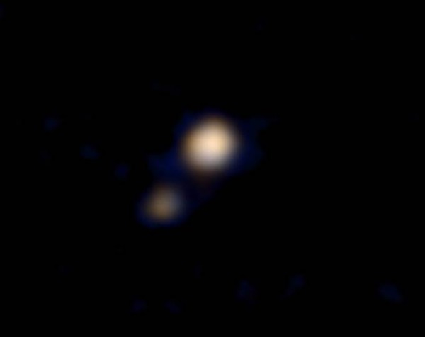 New Horizons' first color pic of Pluto