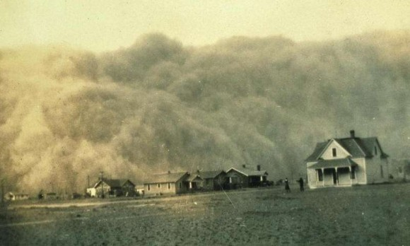Dust storm approaching Stratford, Texas. Image credit: NOAA George E Marsh Album