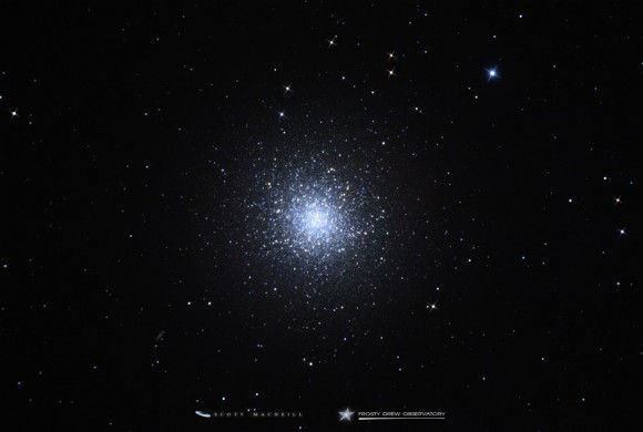 Scott MacNeill - a member of EarthSky's G+ photo community - caught this shot of M13 on April 19, 2015 from Frosty Drew Observatory in Charlestown, Rhode Island.  Thank you, Scott!