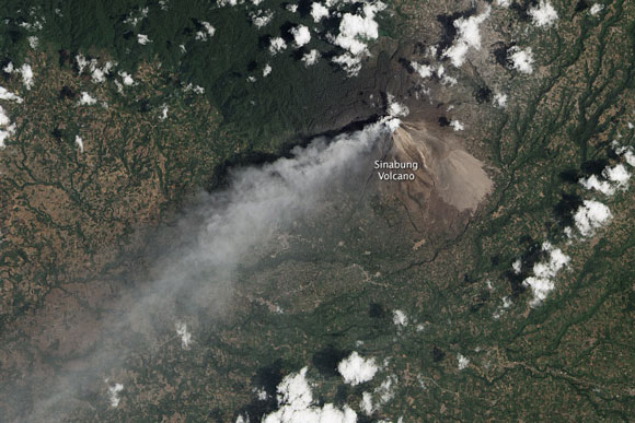 Landsat satellite image of the eruption at Mount Sinabung on March 6, 2014. Image Credit: NASA.