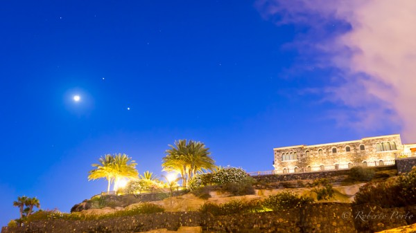 Roberto Porto captured the moon and planets on June 20 from Tenerife in the Canary Islands.