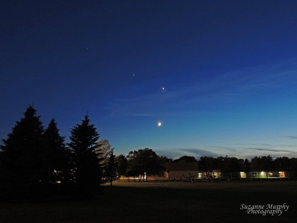 Moon, Venus, Jupiter and star Regulus on June 19, 2015 by Suzanne Murphy in Wisconsin.