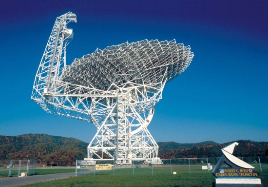 The National Science Foundation's Green Bank Telescope will join in the search for intelligent life in the Universe as part of the Breakthrough Listen endeavor. the Parkes Telescope in Australia will also be involved in this endeavor. Image via NRAO/AUI/NSF