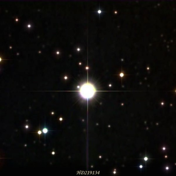 Color image of star HD219134 by Efraín Morales of the Sociedad de Astronomía del Caribe