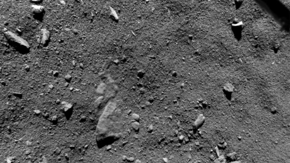 A photograph of the surface of Comet 67P at Agilkia, Philae's intended landing site, from a height of just nine meters, taken with the ROLIS camera. Image credit: ESA/Rosetta/Philae/ROLIS/DLR