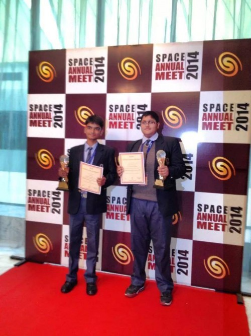 Aryan Mishra and Keerti Vardhan student of CV, Delhi honoured from Award for asteroid discovery by SPACE.