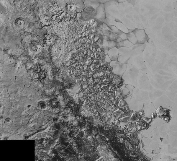 A closer view of the border region of the Pluto's