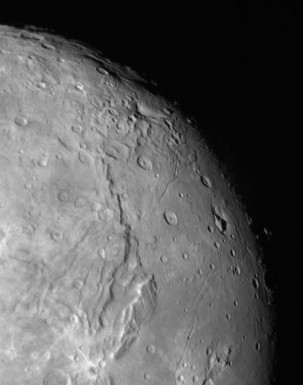 Kerberos Moon Of Plluto: New Images Of Pluto's Moon Charon