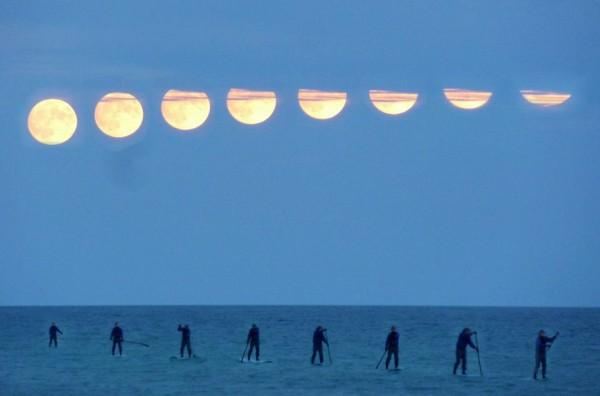 Hunters Moon composite. Toronto Oct 26, 2015 by Steve Thamer