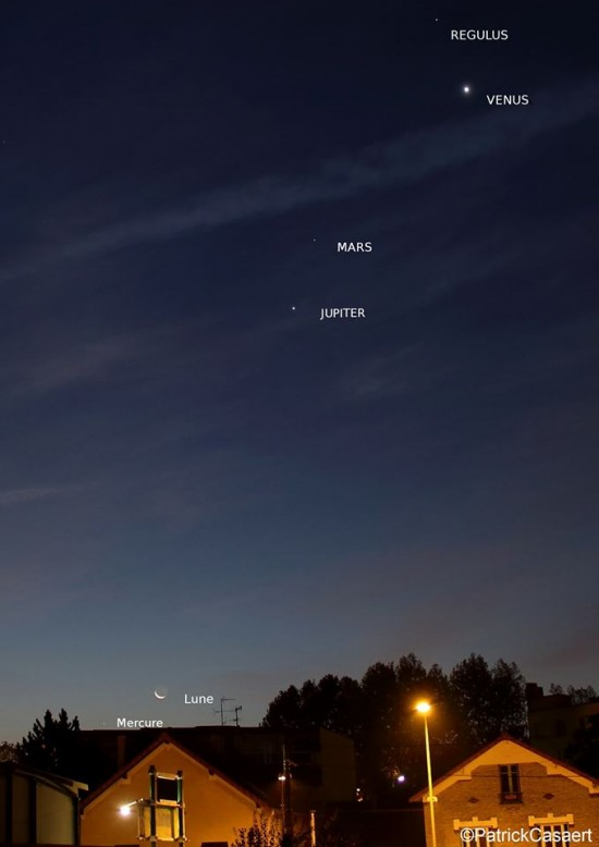 The planets - including Mercury on October 11 - by Patrick Casaert of La Lune The Moon on Facebook.