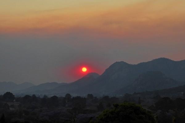 Smokey sunset, Mutare, Zimbabwe, October 10.  Photo by Peter Lowenstein.