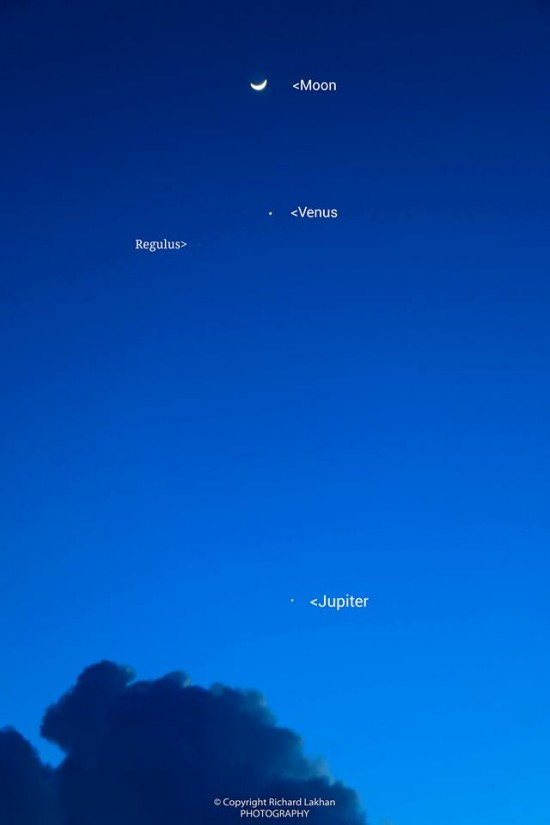 Moon, Venus and more on October 8 from Richard Lakhan.
