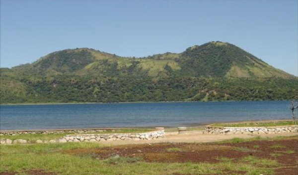 The 300 m high Apoyeque stratovolcano rises to the Northwest beyond the Lago Xiloá maar crater in the foreground.