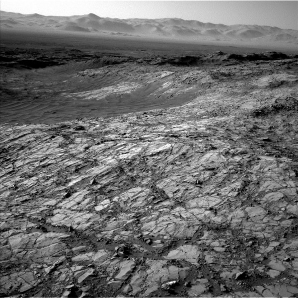 View larger. | Image acquired by the Mars Curiosity rover on Friday 6th November 2015, via NASA / JPL / Malin Space Science Systems. Mars Science Laboratory Curiosity.