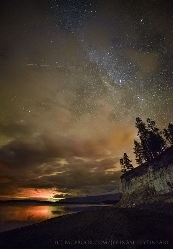 John Ashley captured this Taurid meteor on November 2, from the shore of Lake Koocanusa in northwestern Montana. He wrote:
