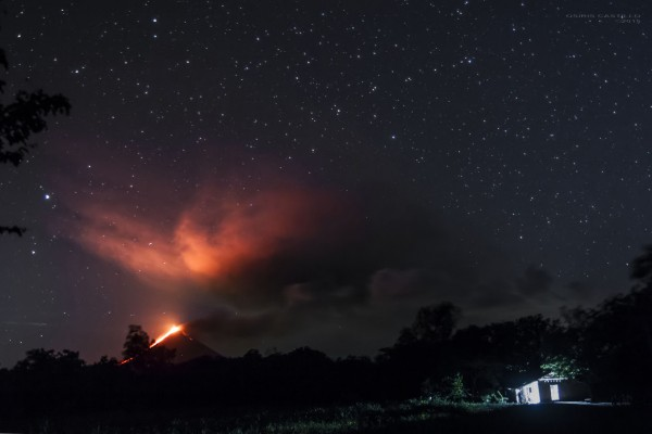View larger. | Momotombo volcano in Managua, Nicaragua on December 2, 2015.  Photo by Osiris Castillo.