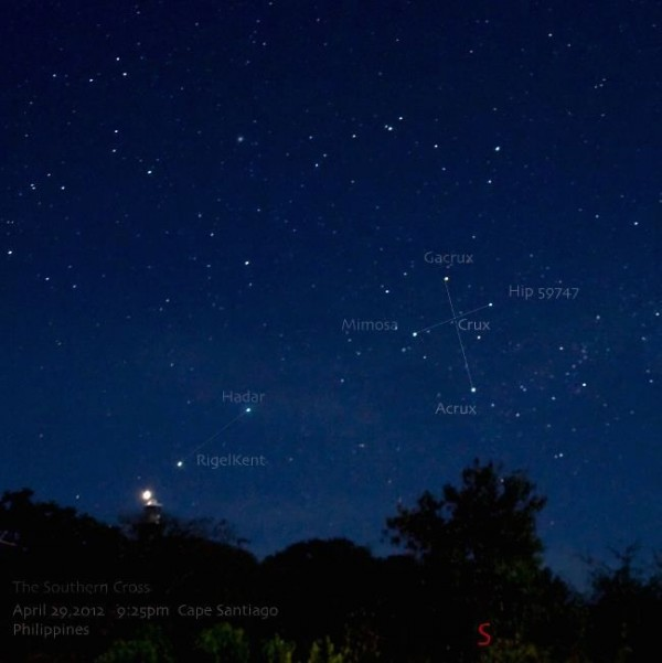 Here is the Southern Cross as seen from Manila - latitude 14 degrees N. of the equator - on an April evening in 2012.  The photo is from EarthSky Facebook friend Jv Noriega.  Thank you, Jv!  Make larger.