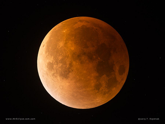 The last eclipse of the Moon visible from the USA occurred on the night of Sept. 27/28, 2015. It was a total eclipse as the Moon passed completely inside Earth's dark umbral shadow. ©2015 by Fred Espenak.