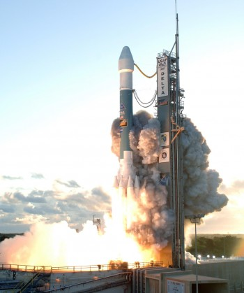 Dawn launches at dawn on September 27 2007, headed for the asteroid belt.  Image credit: NASA