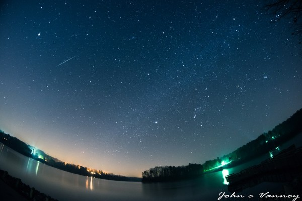Dee J Johnchomes Vannoy caught this Geminid meteor over North Carolina on December 10, 2015.