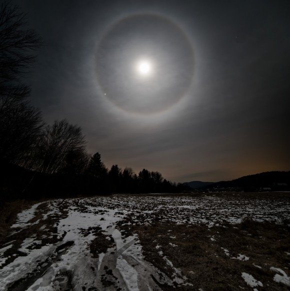 Lynne Pitts caught the lunar halo, too, on the morning of January 26, 2016.  She is in New Hampshire.
