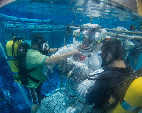 NASA astronaut Barry Wilmore trains for spacewalks in the Neutral Buoyancy Lab at the agency's Johnson Space Center in Houston. Image credit: NASA